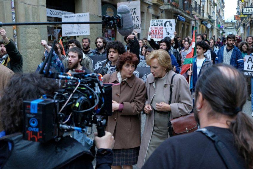 Una imagen tomada durante el rodaje de la serie 'Patria'. Fuente: David Herranz/HBO