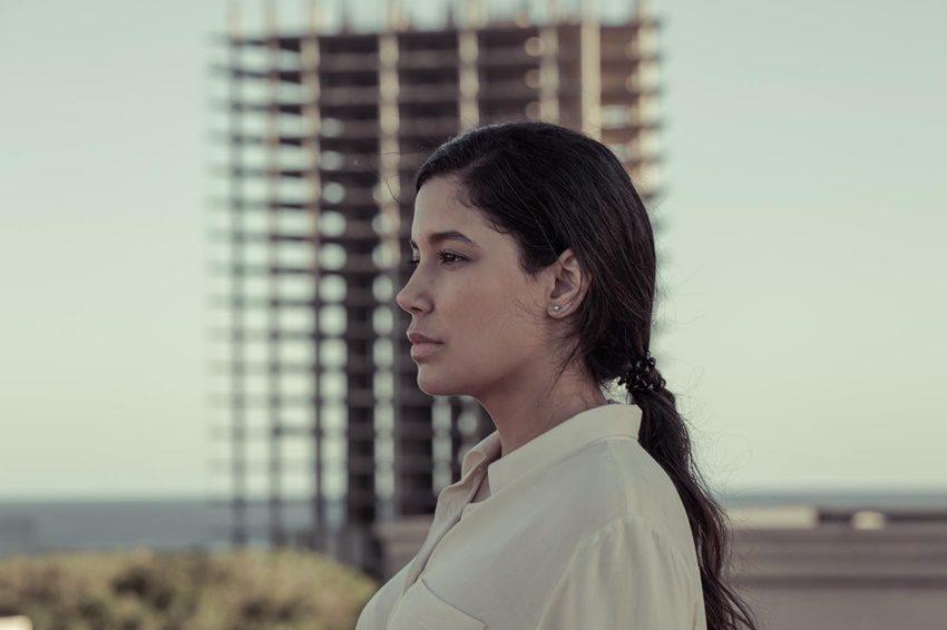 Sterlyn Ramírez protagoniza 15 horas de Judith Colell