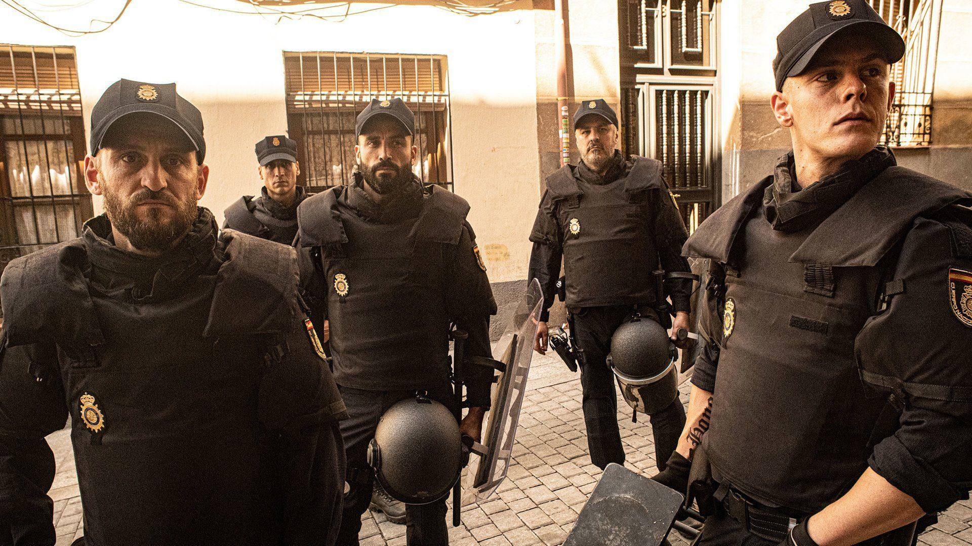Fotograma de la serie Antidisturbios.