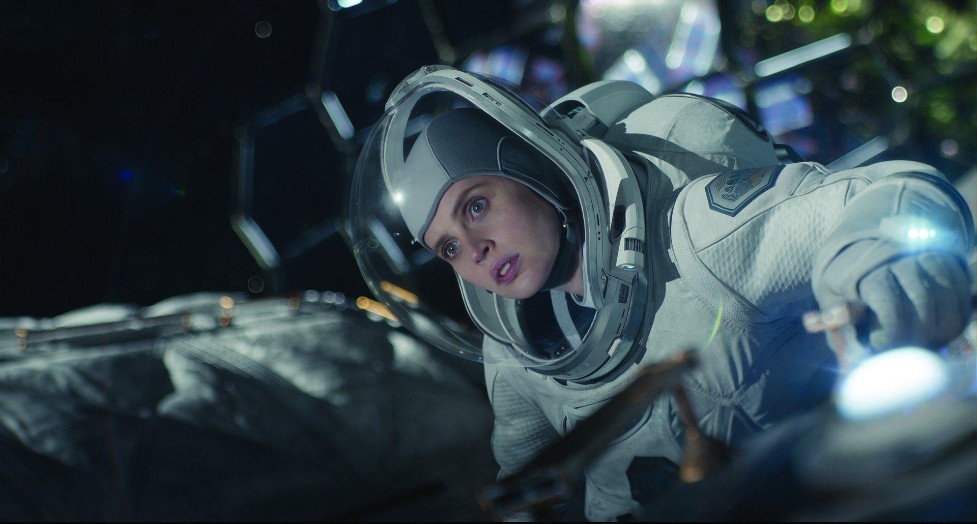 Fotograma de la película Cielo de medianoche, dirigida e interpretada por George Clooney.