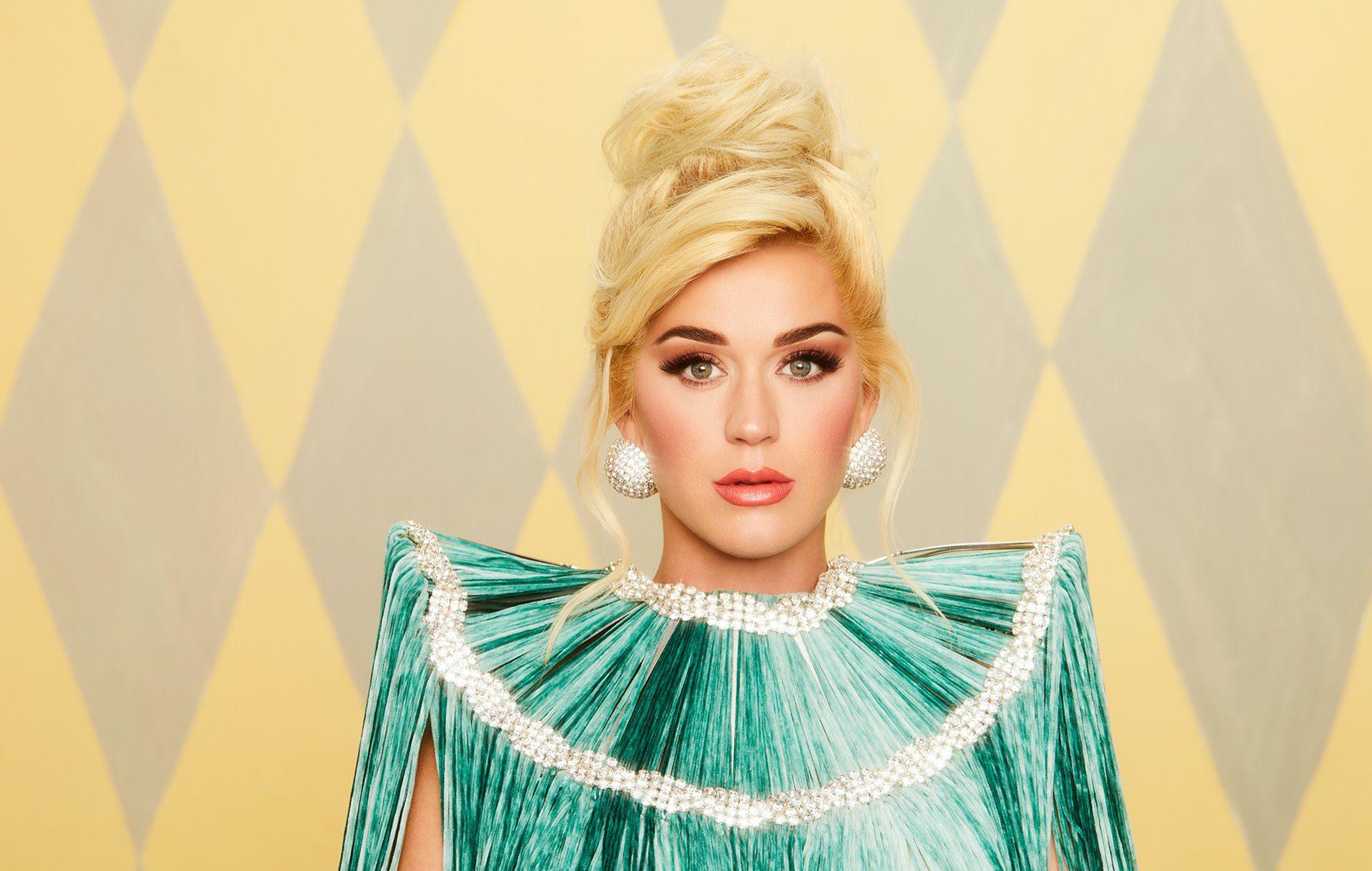 Katy Perry en una imagen promocional de su nuevo disco