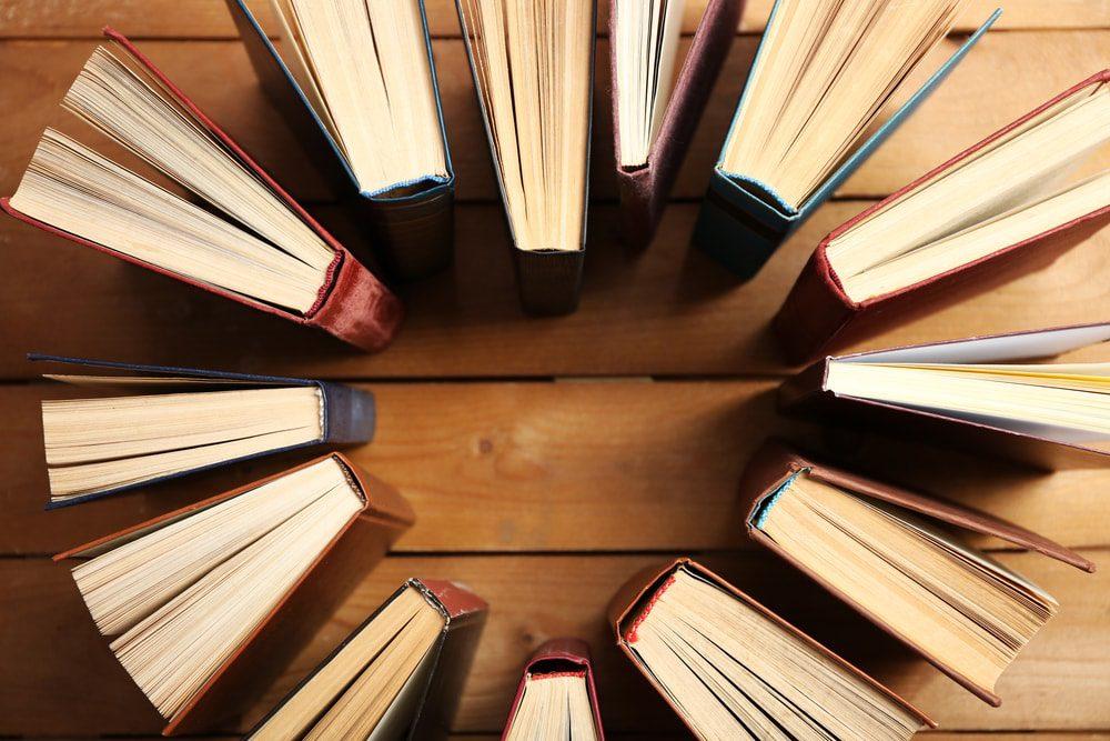 Grandes sorpresas se encuentran entre los libros más vendidos del mundo