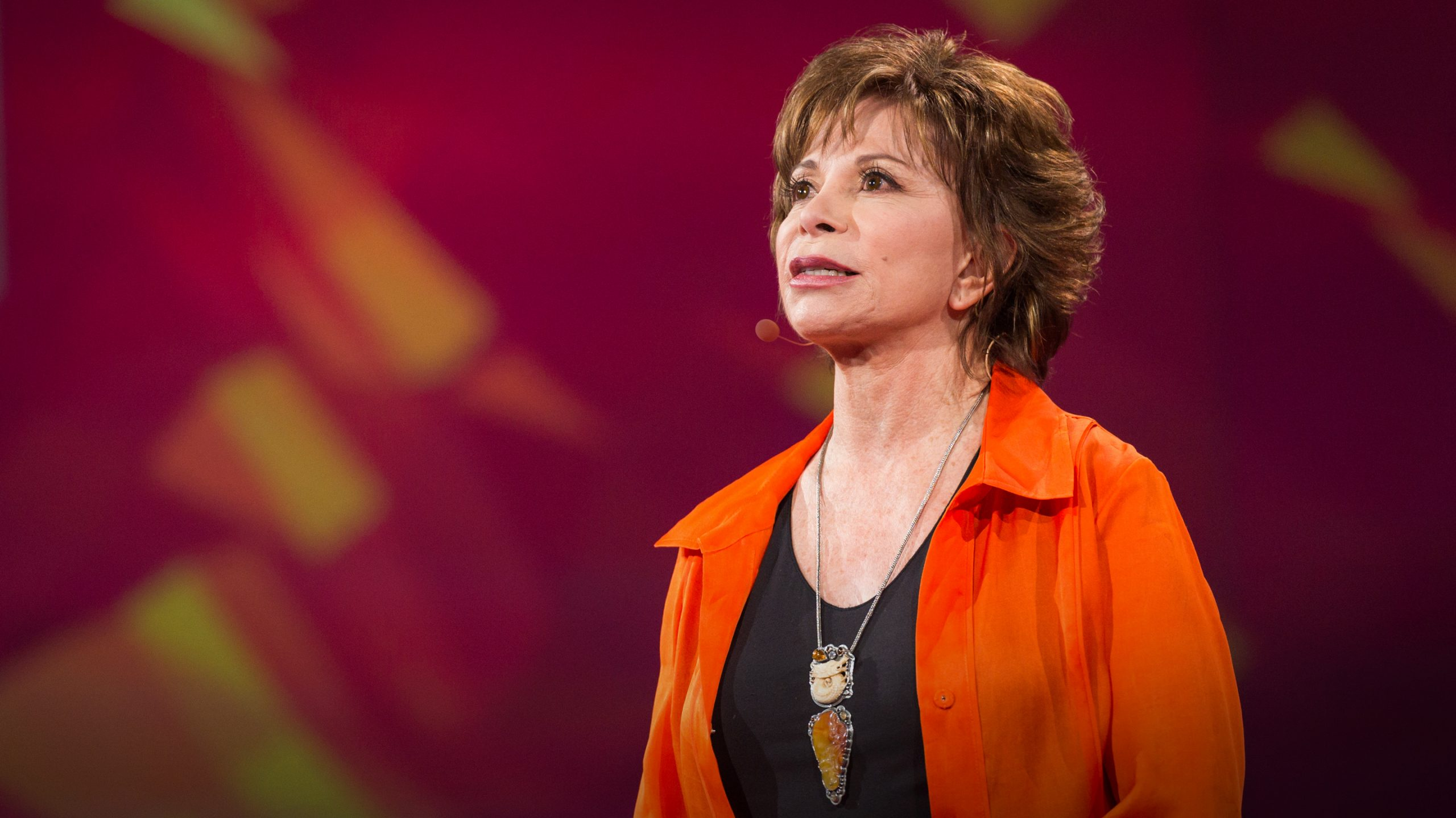 Isabel Allende recibe en Barcelona un prestigioso premio