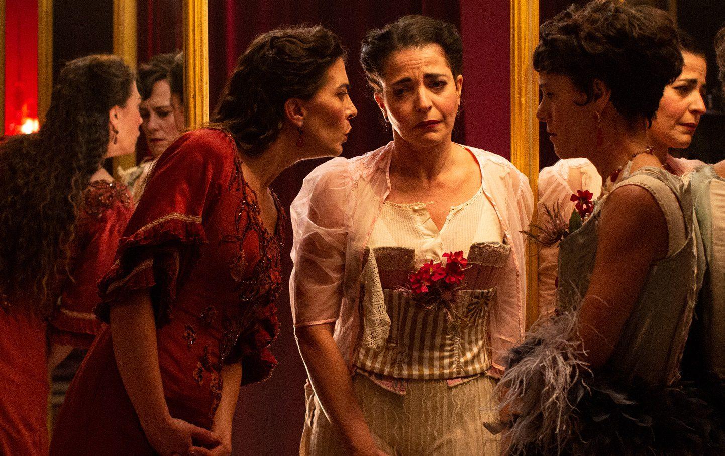 Fotograma de la película La Vampira de Barcelona.