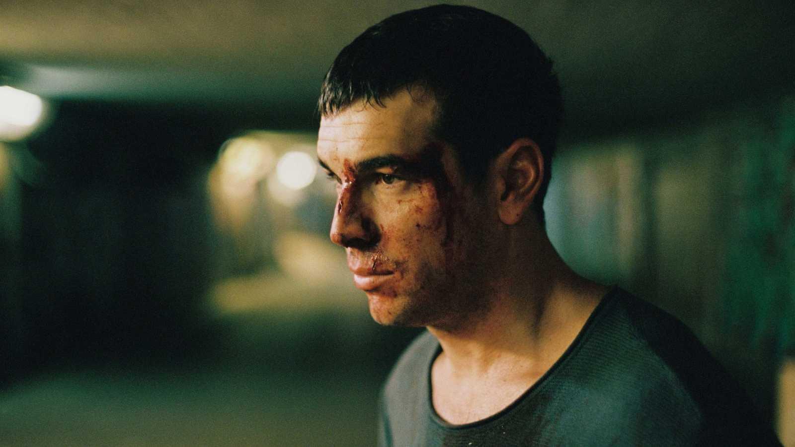 Mario Casas en una escena de la película No Matarás de David Victori.