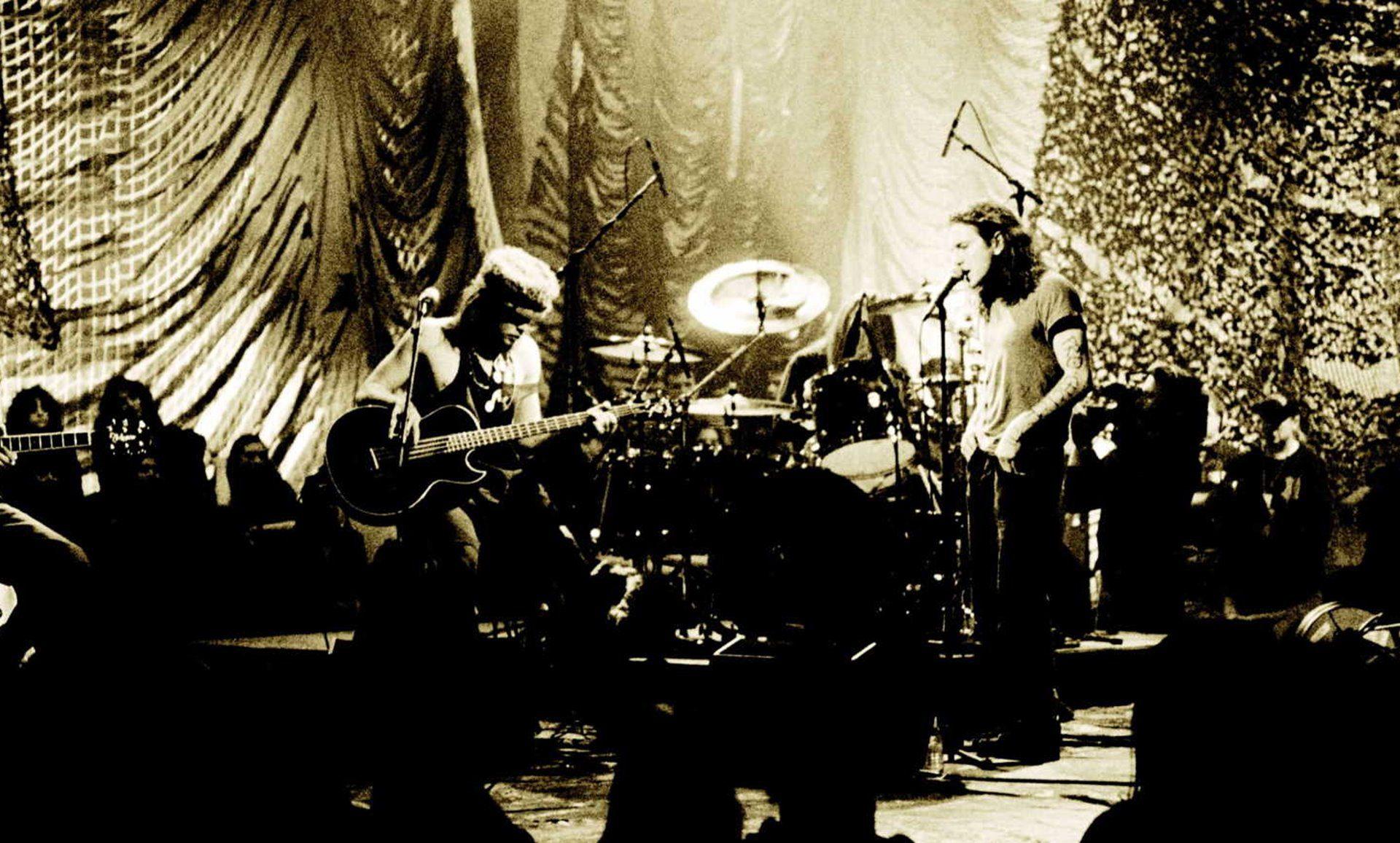 Pearl Jam, uno de los mejores grupos  de la historia, celebra su 30 aniversario.