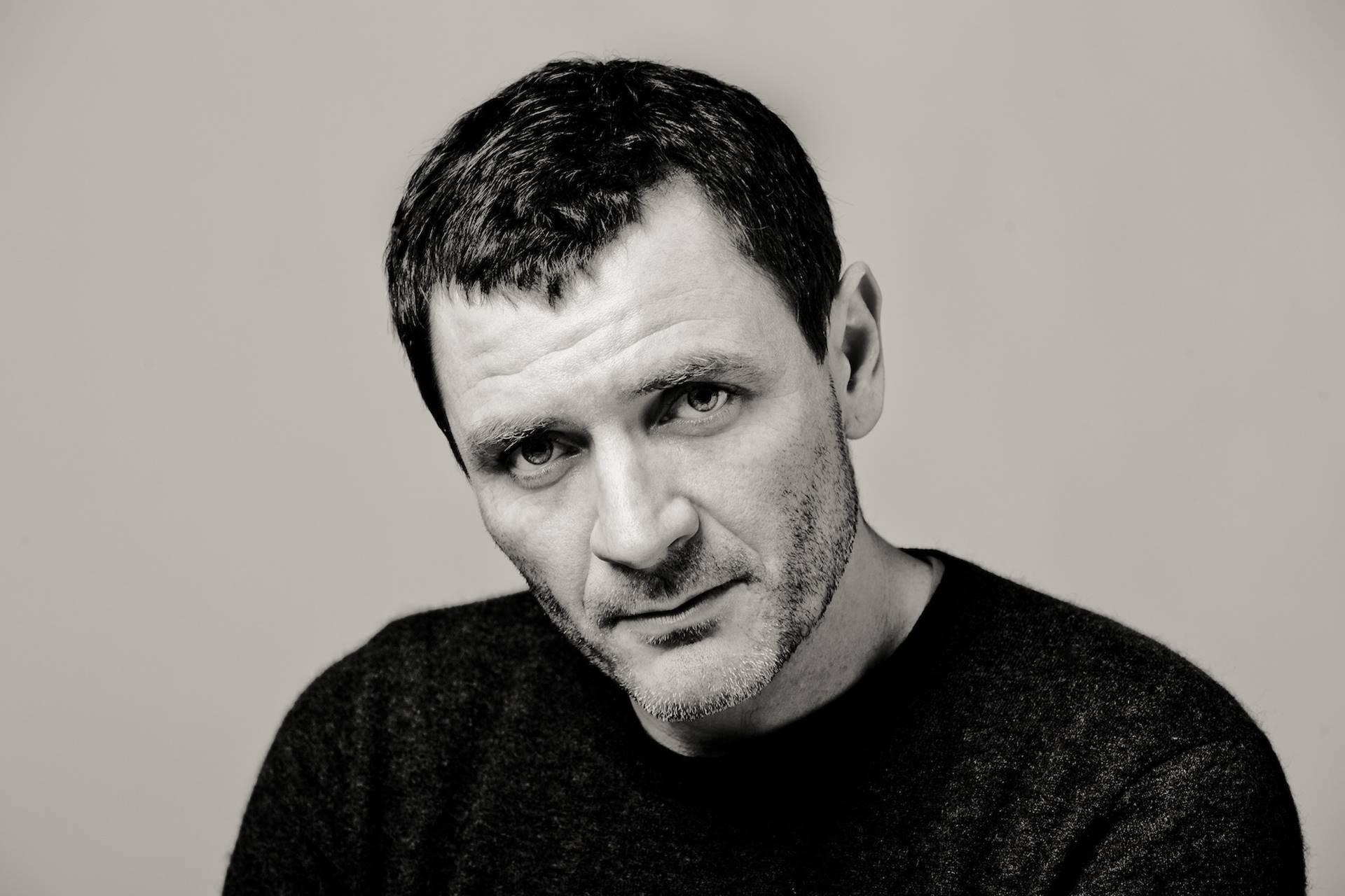 Alex Brendemühl tiene 3 películas para este 2020: L'Ofrena, Akelarre y El buzo.