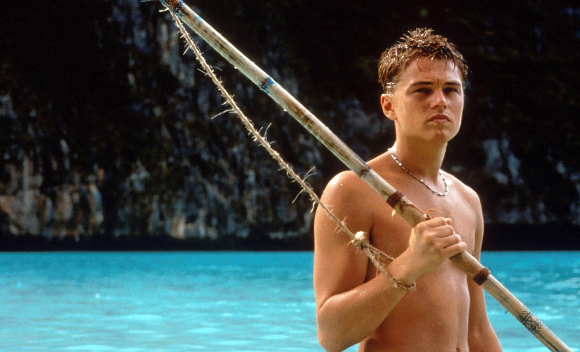 La playa. The Beach (2000) Directed by Danny Boyle Shown: Leonardo DiCaprio (as Richard)