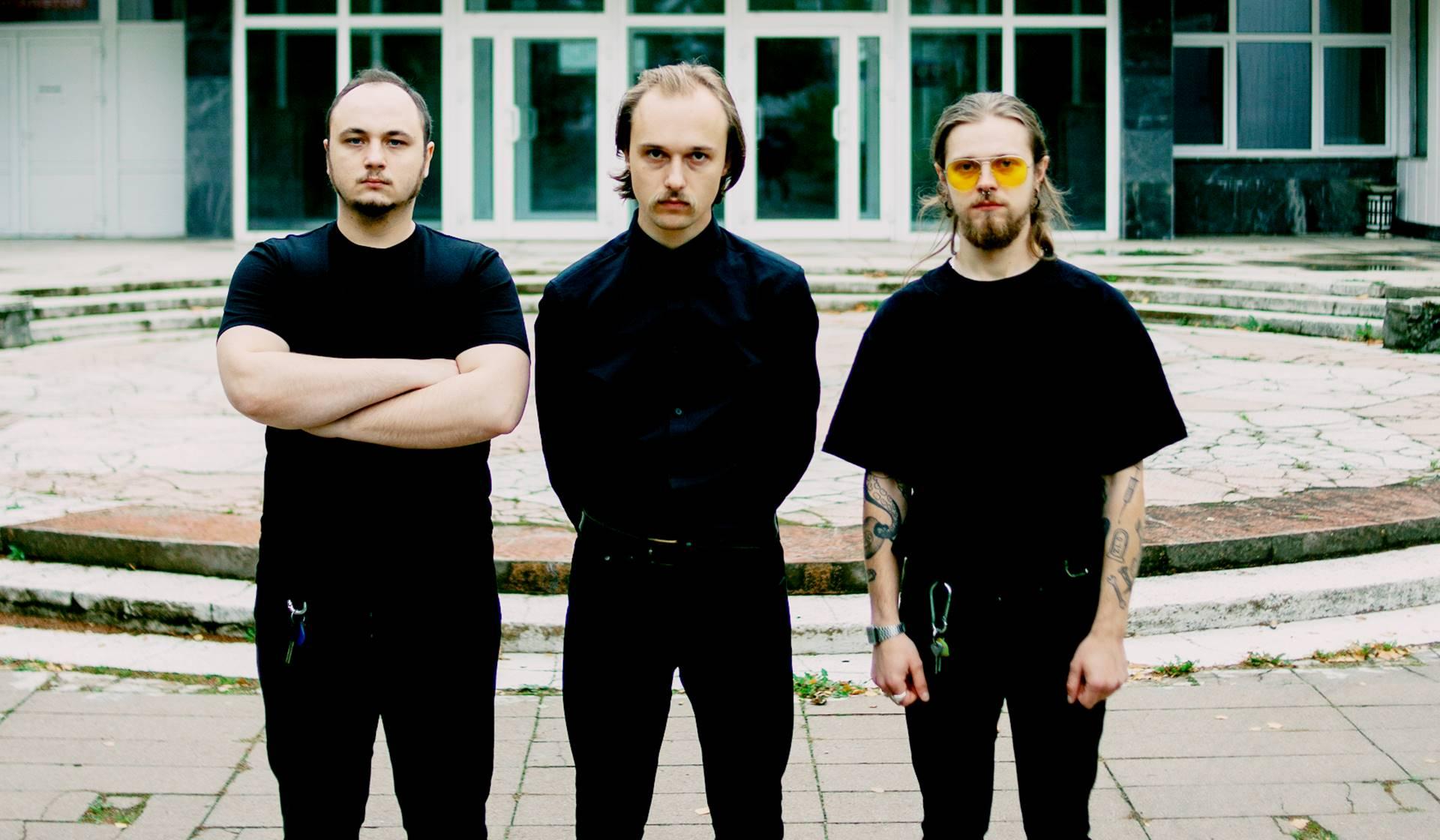 Vuelve el New wave de Molchat Doma con su álbum Monument