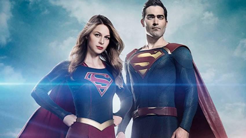 Superman con su prima Supergirl