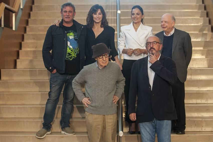 Sergi López, Gina Gershon, Elena Anaya, Wallace Shawn y Allen en San Sebastián.