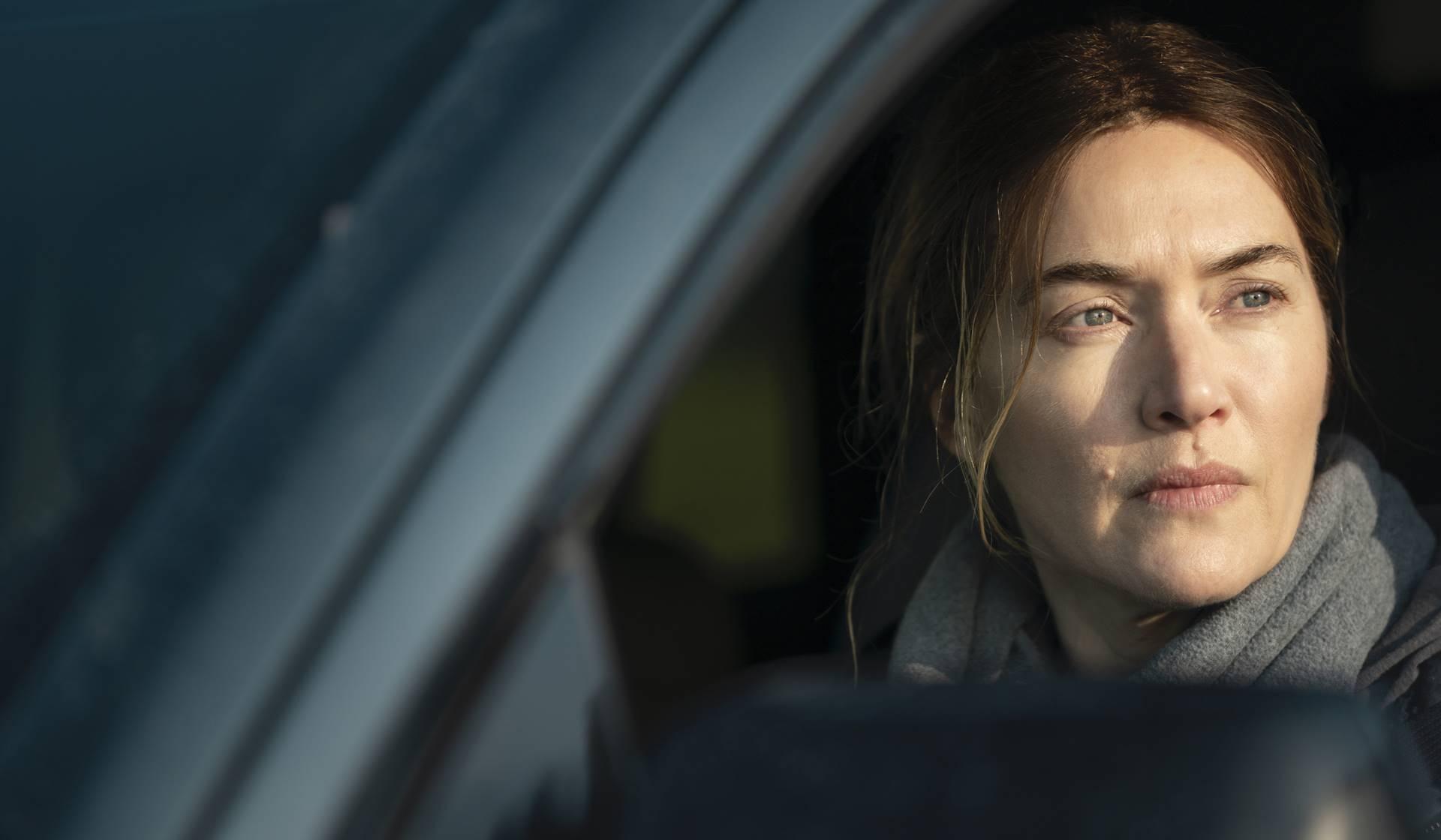 Kate Winslet interpreta a Mare Seehan en Mare of Easttown.