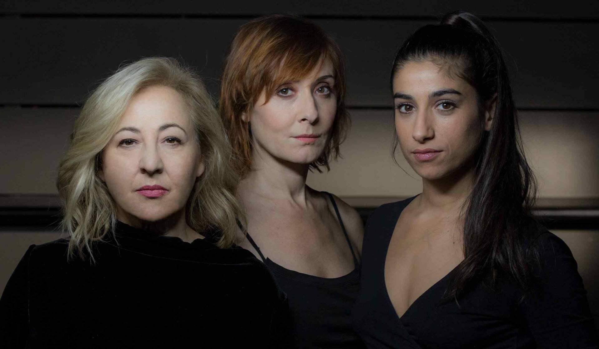 Las actrices Carmen Machi, Nathalie Poza y Carolina Yuste.