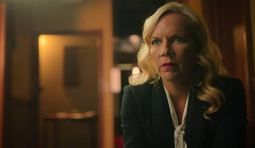 Amy Price, directora del Hotel Cecil en el episodio 2 de Escena del crimen: desaparición en el Hotel Cecil. Netflix©.
