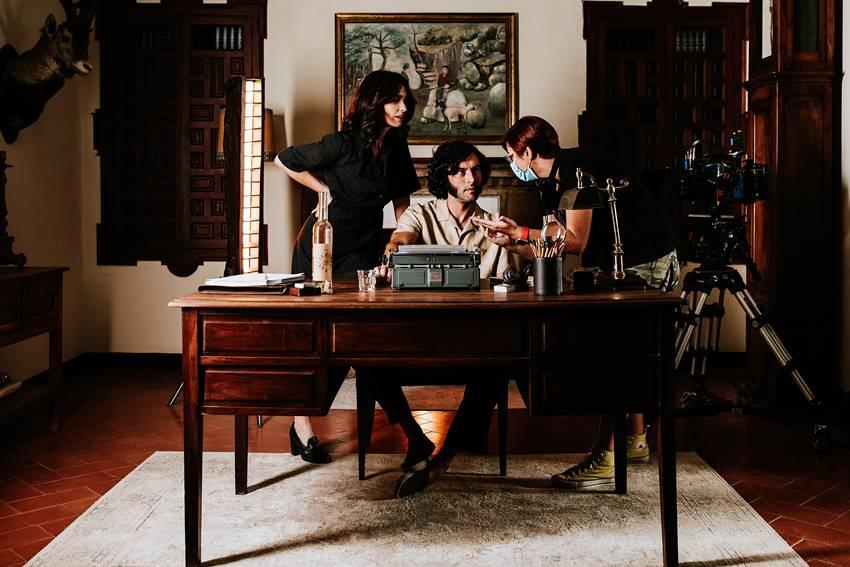 Paz Vega, Javier Rey y Macarena Astorga durante el rodaje de La casa del caracol.