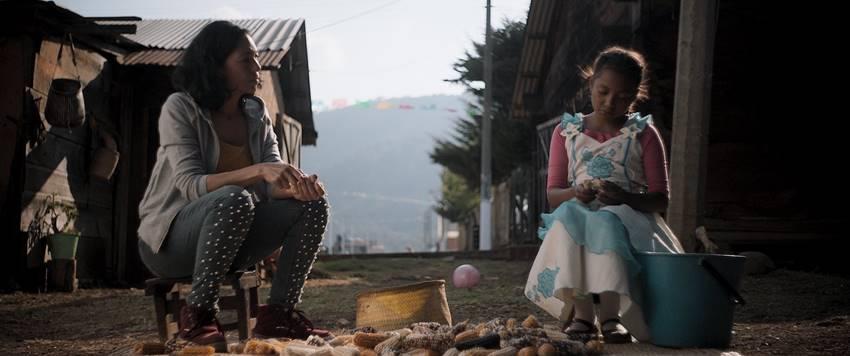 Fotograma de la película Nudo Mixteco de la directora Ángeles Cruz, mención oficial en el Festival Internacional de Cine de Las Palmas.