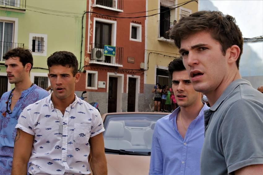 Serie Alba, elenco de actores.