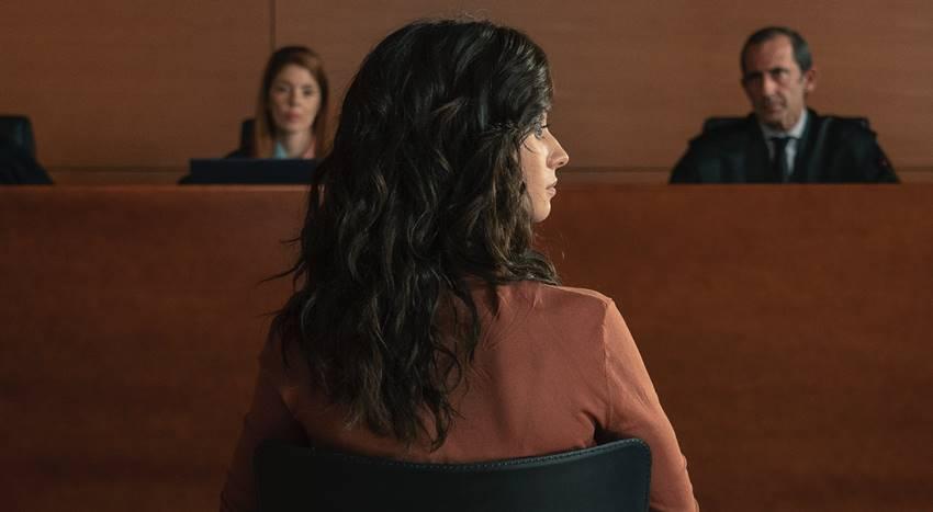 Elena Rivera en la serie Alba.
