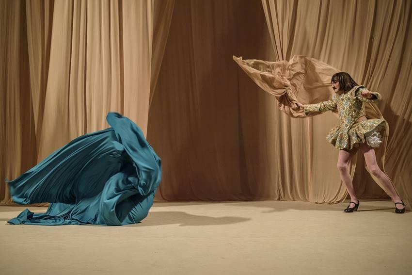 Genial Ángel Burgos como Emilia en Othello © Estrella Melero.
