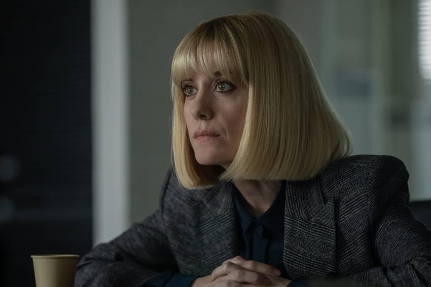 Alexandra Jiménez interpreta a la Inspectora Ortiz en El inocente. Imagen: ©Netflix.