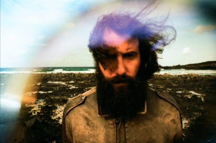 El músico italiano Iosonouncane. Foto: Silvia Cesari.