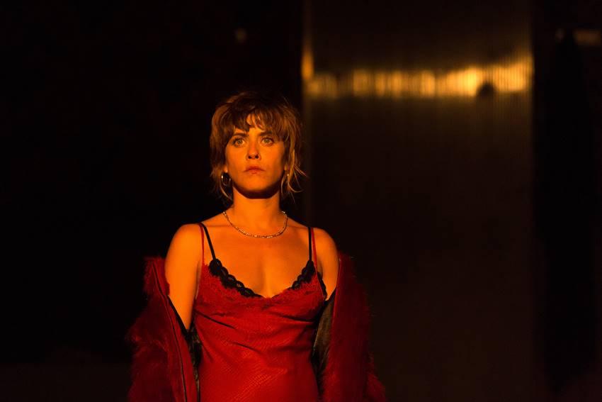La actriz María León interpreta a una Yerma fuerte, poderosa y rebelde en La pasión de Yerma.