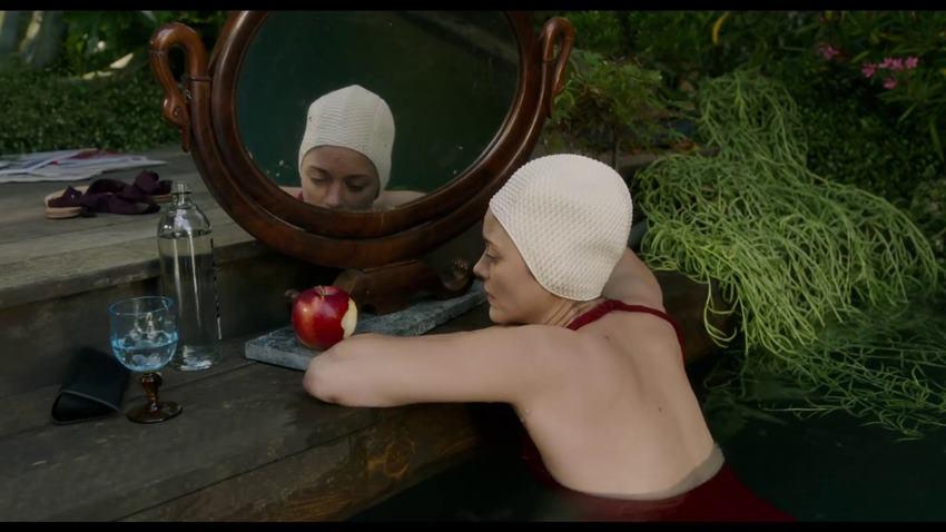 Marion Cotillard es Ann en Annette.