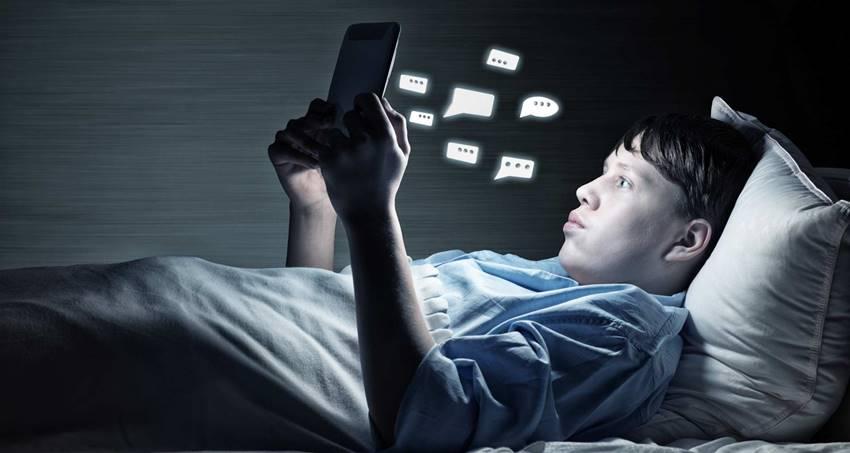 Adicción a las redes sociales.