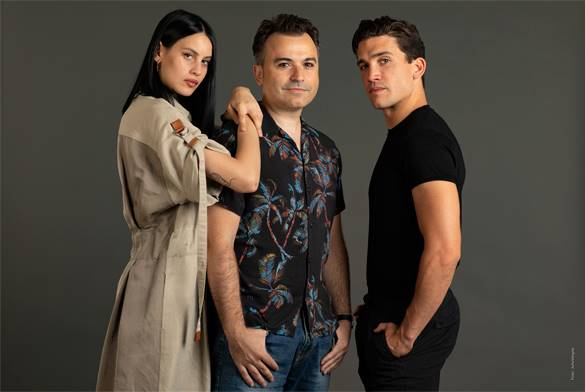 El director Rubin Stein junto a los actores Milena Smit y Jaime Lorente. Foto: Julio Vergne.