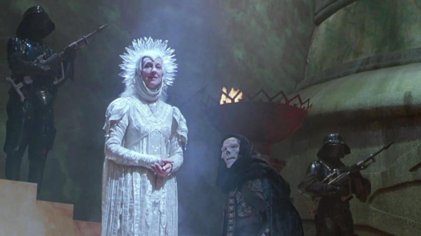 Christina Pickles en Masters of the Universe.