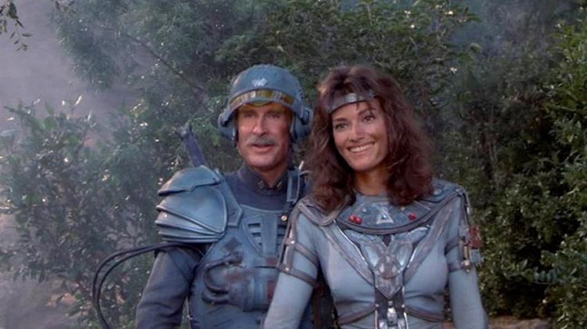 Jon Cypher y Chelsea Field en una pausa del film.