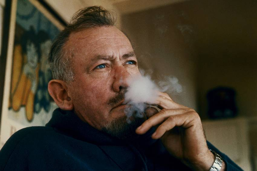 El escritor John Steinbeck (1902-1968). Premio Nobel de Literatura en 1962.