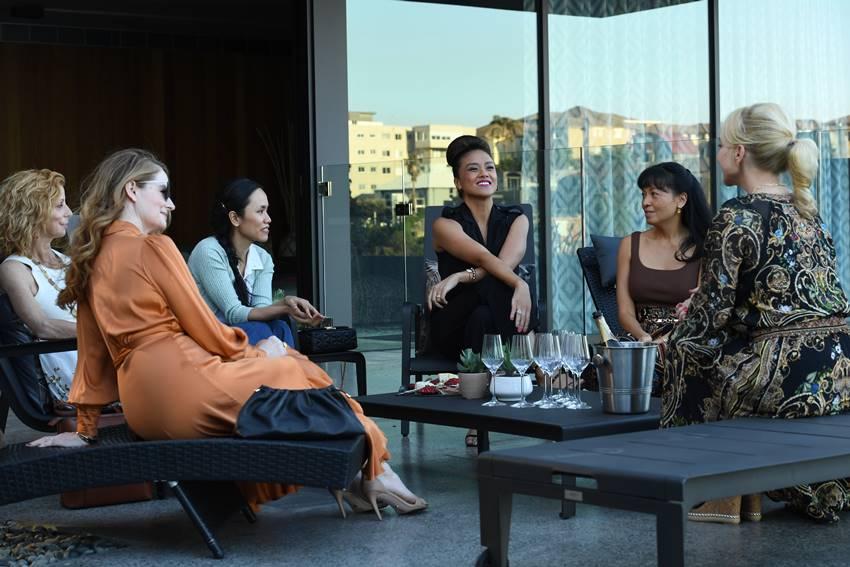 Imagen de la serie Sospechosas inesperadas. Estreno en Filmin el 19 de octubre.